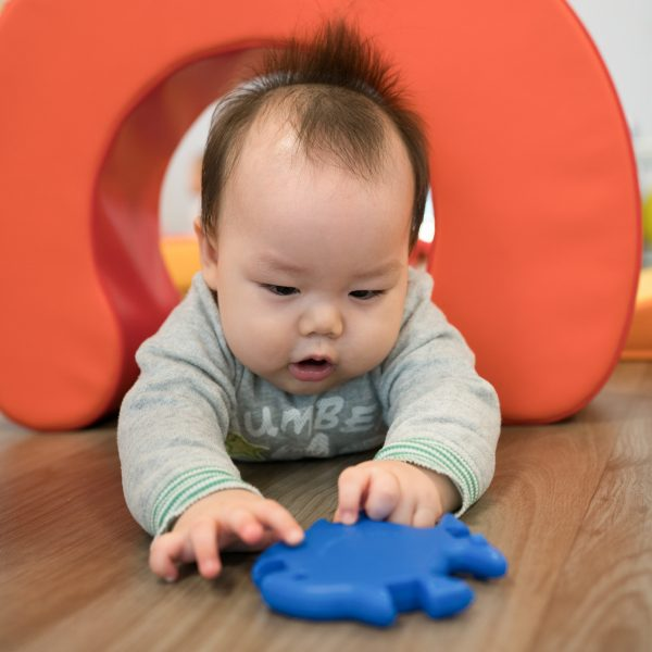 5 ways to create active play with your infants and toddlers